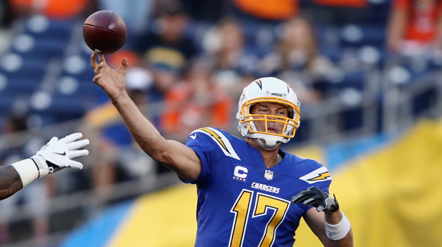 new style 58813 66969 LOOK: Twitter Loves The Chargers New Color Rush Uniforms ...