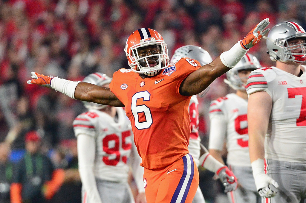 Dorian O'Daniel #6 of the Clemson Tigers reacts after a missed field goal by the Ohio State Buckeyes during the first half of the 2016 PlayStation Fiesta Bowl at University of Phoenix Stadium on December 31, 2016 in Glendale, Arizona.