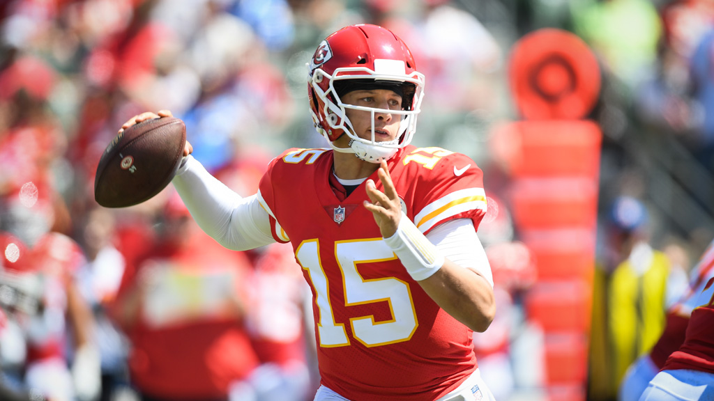 Quarterback Patrick Mahomes #15 of the Kansas City Chiefs throws in the first quarter against the Los Angeles Chargers at StubHub Center on September 9, 2018 in Carson, California.