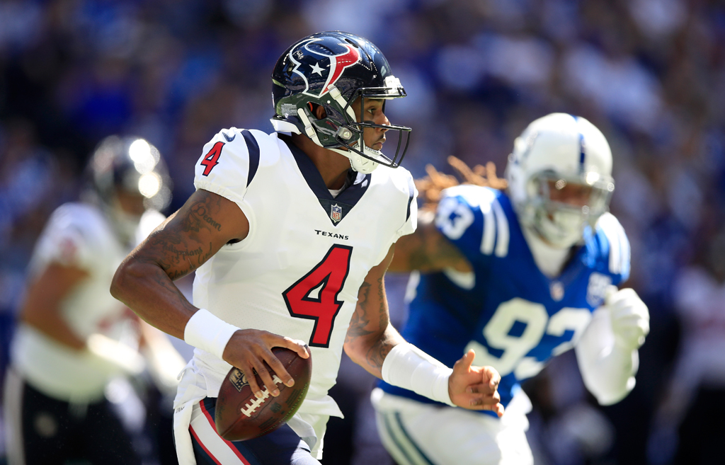 Deshaun Watson #4 of the Houston Texans runs with the ball during the game against the Indianapolis Colts at Lucas Oil Stadium on September 30, 2018 in Indianapolis, Indiana.