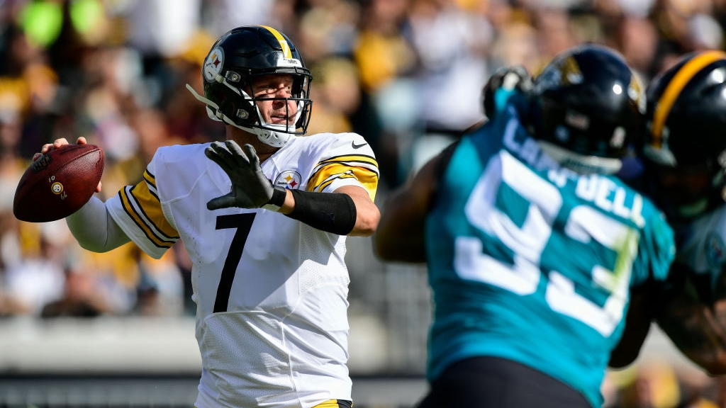 Ben Roethlisberger #7 of the Pittsburgh Steelers drops back to pass during the first half against the Jacksonville Jaguars at TIAA Bank Field on November 18, 2018 in Jacksonville, Florida.