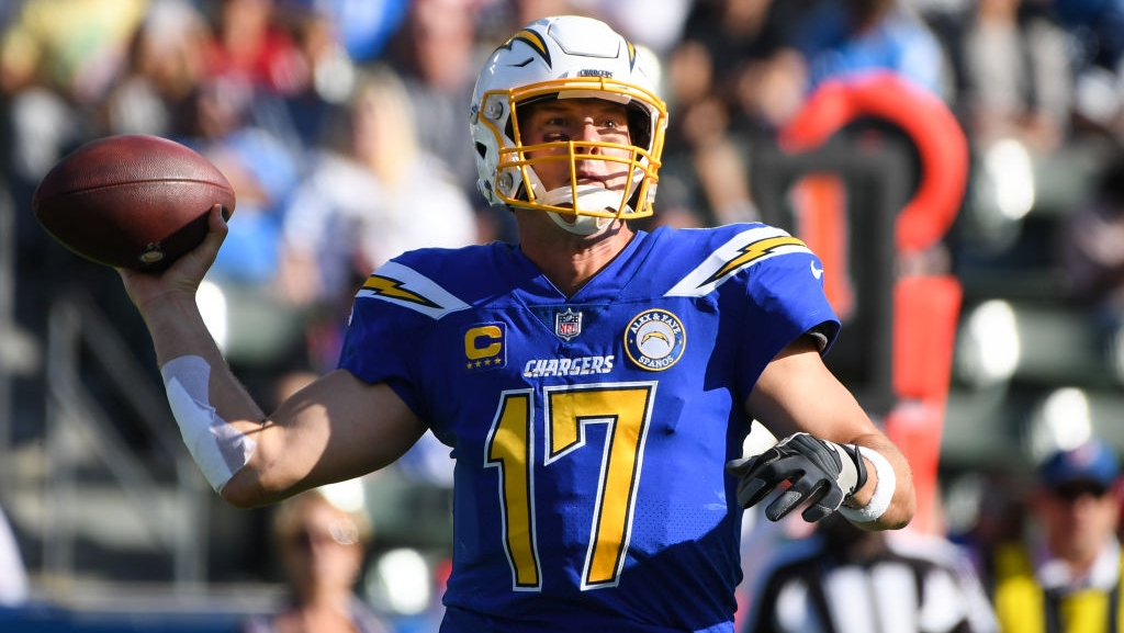 Quarterback Philip Rivers #17 of the Los Angeles Chargers passes in the first quarter against the Arizona Cardinals at StubHub Center on November 25, 2018 in Carson, California.