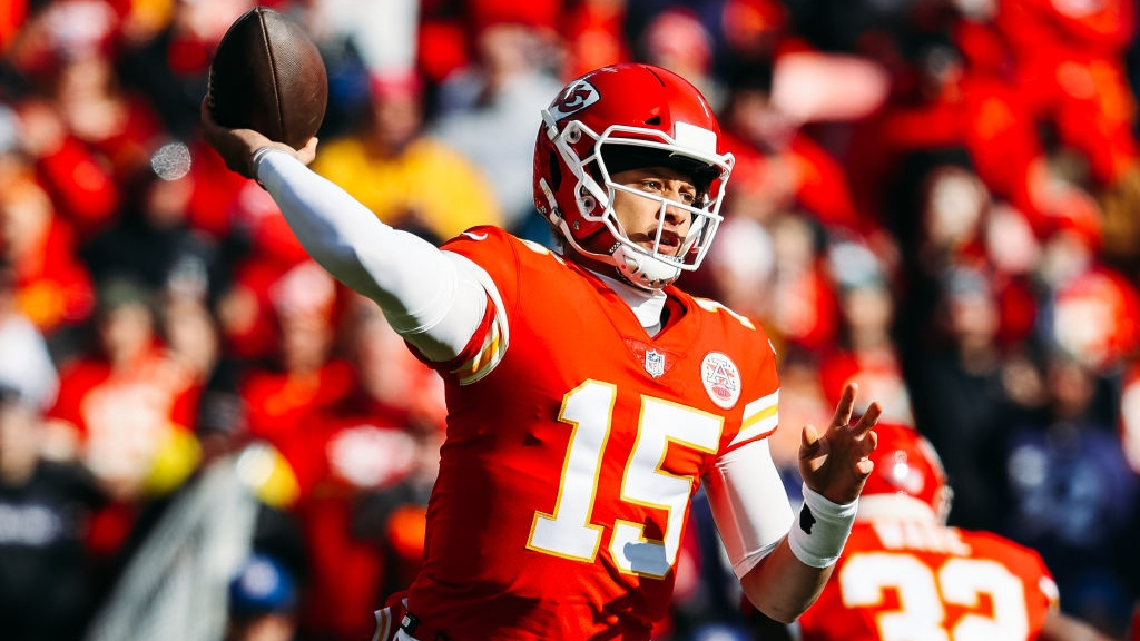 Patrick Mahomes #15 of the Kansas City Chiefs throws a pass during the first quarter of the game against the Baltimore Ravens at Arrowhead Stadium on December 9, 2018 in Kansas City, Missouri.