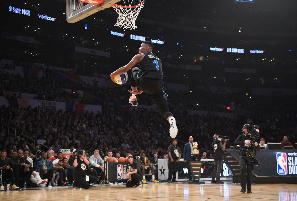Dennis Smith Jr. #1 of the Dallas Mavericks competes in the 2018 Verizon Slam Dunk Contest at Staples Center on February 17, 2018 in Los Angeles, California.