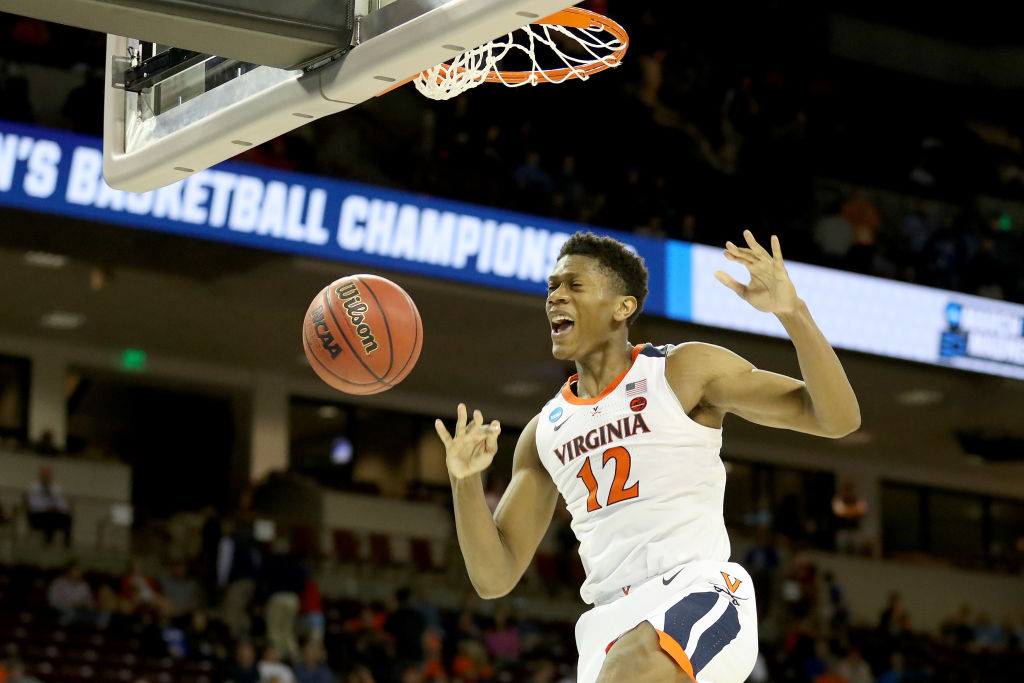 De'Andre Hunter #12 of the Virginia Cavaliers dunks the ball against the Oklahoma Sooners during the second half in the second round game of the 2019 NCAA Men's Basketball Tournament at Colonial Life Arena on March 24, 2019 in Columbia, South Carolina.
